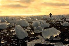 Submission to 'Iceland-Nature-Travel-Photography-' Hidden Beach, Beach Fun, Beach Trip, Sand Beach, Places To Travel, Places To See, Photo Voyage, Iceland Landscape, Voyager Loin