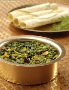 Palak Toovar Dal (know Your Green Leafy Vegetables)