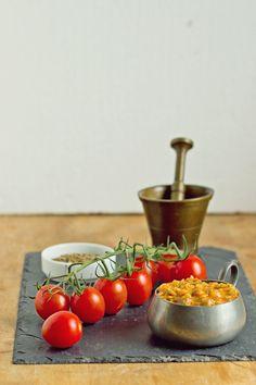 Sos pomidorowy z morelami i soczewicą.