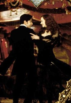 'Moulin Rouge'  -  Nicole Kidman, Ewan McGregor   (2001)