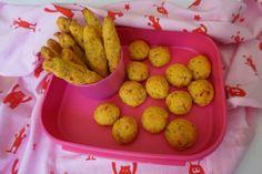 Das Rezept zum Nachbacken für einen wirklich blitzschnell gemachten Babysnack - die Kürbiswölckchen - gibt es heute auf meinem Blog für dich.
