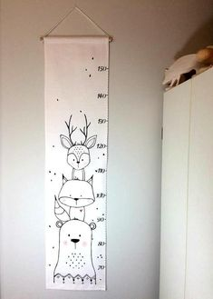 Screen animals gauge scale fabric ruler growth chart home decor baby Matthew Baby Nursery Diy, Baby Bedroom, Bedroom Decor, Nursery Art, Boy Room, Kids Room, Baby Clothes Dividers, Drawer Labels, Growth Chart Ruler