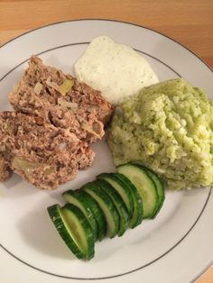 Kjøttpudding - lavkarbo Avocado Toast, Breakfast, Ethnic Recipes, Food, Breakfast Cafe, Essen, Yemek, Meals