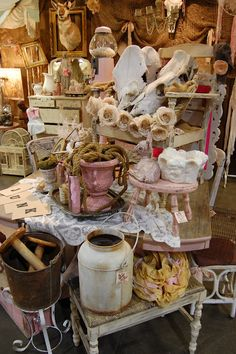 Maison Douce: Farm Chicks 2012 (part 2)  pink urns, animal skulls and paper roses...what's not to love?