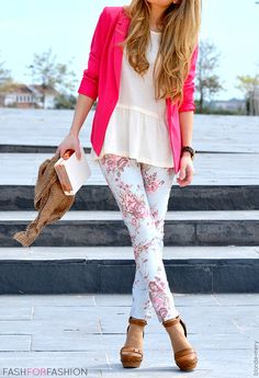 Floral print pants, pink blazer, nude accessories