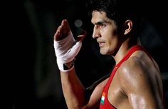 Vijender Singh felicitated by Haryana Association in South Hall - http://smbcinsight.tv/web/vijender-singh-felicitated-by-haryana-association-in-south-hall/