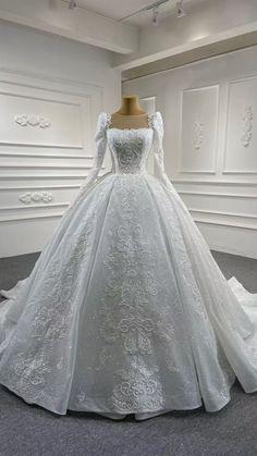 Wedding Dress Bustle, Fancy Wedding Dresses, Princess Wedding Dresses, Elegant Wedding Dress, Wedding Dress Styles, Bridal Dresses, Wedding Ball Gowns, Ball Dresses, Marie
