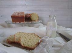Oggi ho preparato un Ciambellone classico per la colazione senza burro.Il più tradizionale dei dolci,ideale da inzuppare nel latte.