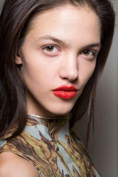 Felder Felder - The Most Showstopping Beauty Looks from London Fashion Week | StyleCaster