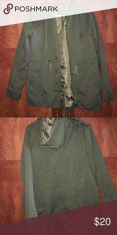 Army green jacket Perfect light jacket for spring and fall, would go great with jeans and some boots! Perfect condition! Jackets & Coats