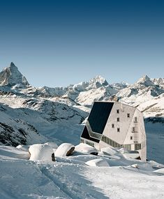 ETH-Studio Monte Rosa with Bearth & Deplazes Architects: New Monte Rosa Hut, Wallis, Schwitzerland, 2009, photo © Tonatiuh Ambrosetti