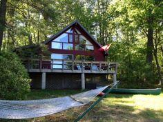 House+facing+lake