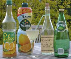 Punch lorrain Alcoholic Cocktails, Drinks, Snack Recipes, Snacks, Parfait, Chips, Food And Drink, Bottle, Alcoholic Drinks