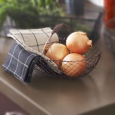 "Stella Oblong Fixed Handle Wire Basket (Copper) $3.75  Dimensions: 11""L x 7""W x 3""H, 6""H (with handle)"