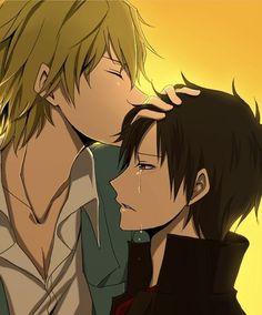 Shizuo kissing crying Izaya. <3