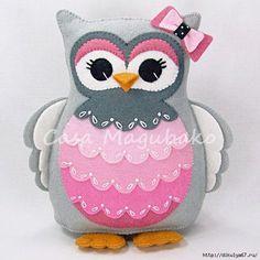 Felt Owl Pincushion - Stuffed Animal - Owl Soft Toy - Felt Owl Plush - Wool/Rayon Felt by CasaMagubako on Etsy Owl Crafts, Animal Crafts, Felt Owls, Felt Animals, Sewing Crafts, Sewing Projects, Felt Projects, Owl Pillow, Owl Fabric