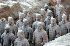 Het archeologische wonder van China, het Terracotta Leger.  http://www.333travel.nl/tour/china/terracotta-leger-xian?productcode=T485