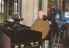 Pont-Scorff novembre 2006 - Louis-Jean Guillou devant la caméra de TF1 - Photo : Yann Dubois