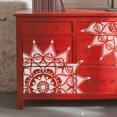 40 Fun Homemade Stamp and Stencil Decor Ideas – Decor - Diy Furniture Stencil Decor, Painted Furniture, Furniture Diy, Stencils Wall, Indian Furniture, Bedroom Furniture Dresser, Diy Furniture Bedroom, Paint Furniture, Stencil Furniture