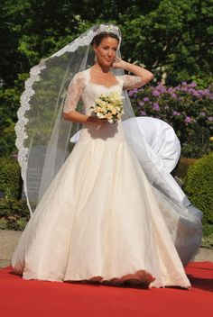 Princess Marie of Denmark's wedding dress was sewn by hand!