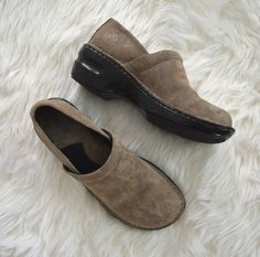 21fa7643df8df Clarks Ladies Brown Leather Slip On Clog Size 8 Medium NEW without Box