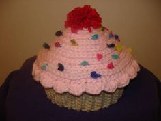Cupcake hat, my take. NOW WITH PATTERN! On pg 2 - CROCHET - I saw the cupcake hat listed last week and remembered how badly I wanted to make one for my niece. I had the idea knocking around in my head for month Crochet Cupcake Hat, Crochet Kids Hats, Crochet Cap, Crochet Scarves, Crochet Motif, Crochet Patterns, Crochet Ideas, Baby Cupcake, Crocheted Hats
