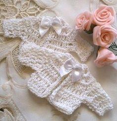 Baby vestjes handgemaakt | Applicaties gehaakt | Nostalgie & Brocante