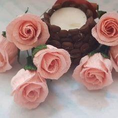 Krepppapier Blume – – Rebel Without Applause Paper Flowers Craft, Flower Crafts, Diy Flowers, Flower Decorations, Fabric Flowers, Garden Decorations, Flower Diy, Butterfly Crafts, Diy Paper