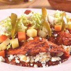 Enchiladas Mineras Guanajuato - Food, all kind - Recetas Fun Easy Recipes, Gourmet Recipes, Easy Meals, Cooking Recipes, Healthy Recipes, Mexican Kitchens, Mexican Dishes, Mexican Meals, Real Mexican Food