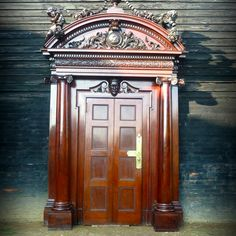 Google Image Result for http://www.salvoweb.com/images/userimgs/10756/Ornate-carved-doorway_68203_1.jpg