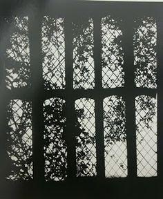 "Cameraless Photography - Floris Neusüss, Hommage à William Henry Fox Talbot: Sein 'Latticed Window"" in Lacock Abbey als Fotogramm, Lacock Abbey, 1978"