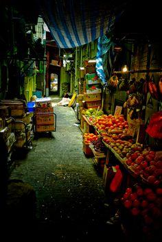 Hong Kong Alley Fruit Market