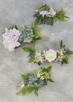 Flowers in the hair will never go out of style – they're youthful and romantic! These combs are ideal for outdoorsy events! With flowers, you have so many ...
