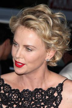 short curly blonde hairstyle