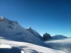 📷 Visual Storytelling  📩 gosnowaustria@gmail.com  📍Based in Vienna | Austria 🇦🇹 Winter Snow, Winter Holidays, French Alps, Vienna Austria, Storytelling, Mount Everest, Hiking, Sky, Mountains
