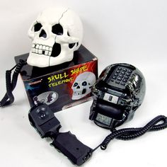 Skull Home Phone.