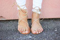 Averie Nicole Blog | Dusty Rose | Steve Madden | Lace Up Sandals | Quay Australia | Harper Trends (Use code AVERIE40 for 40% OFF http://www.shopharpertrends.com/?aff=8) |white denim | Gigi New York |www.averienicole.com