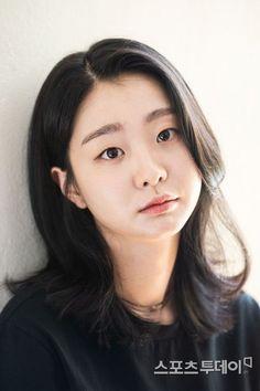 Korean Women, Korean Girl, Korean Actresses, Actors & Actresses, Korean Shows, Lee Sung Kyung, Korean Celebrities, Girl Crushes, Asian Woman