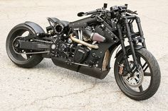 Confederate P120 Fighter | S&S 45° V-Twin Twin Cam type engine | Girder front fork | Oil in frame | USA