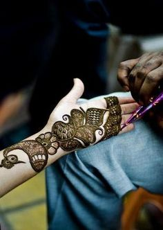 Mehndi designs are made on hands and feet not only by brides but also by girls, women, as well as old ladies. It is considered a sign of happiness, as it is used on every happy occasion and made our occasions and events very special, enjoyable and memorable.