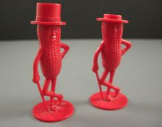 Planters Peanuts Plastic Salt and Pepper Shakers by UBlinkItsGone, $5.94