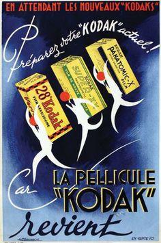 """La Pellicule Kodak revient 1946 / ETIENNE / «En attendant les nouveaux Kodak préparez votre """"Kodak"""" actuel.»"""