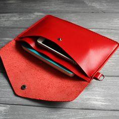 Red clutch Minimalist leather clutch women Leather wristlet clutch Leather clutch Envelope clutch Leather clutch bag Leather clutch wristlet - Want to Learn to Dress? Red Clutch, Leather Clutch Bags, Clutch Wallet, Leather Purses, Leather Handbags, Envelope Clutch, Leather Totes, Soft Leather, Leather Bag Pattern