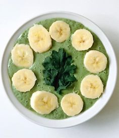 """""""I love powering up my mornings with this simple vegan Kale smoothie bowl. It's under 300 clean calories and a whopping 10 grams of fiber! 1 Frozen banana1/2 cup frozen kale1/3 cup unsweetened almond or coconut milk 1/4 cup Vegan yogurt (Greek yogurt or Kefir works too)1 TBS chia seeds1/4 tsp cinnamon Fiber up and enjoy!""""—Rachel Beller, MS, RD, president and founder of Beller Nutritional Institute, LLC"""