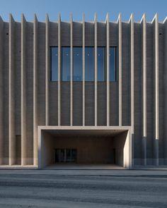 Barozzi Veiga designs Musée cantonal des Beaux-Arts Lausanne with ridged brick facade Museum Of Fine Arts, Museum Of Modern Art, Art Museum, Lausanne, Museum Architecture, Architecture Design, Cultural Architecture, Commercial Architecture, Brick Facade