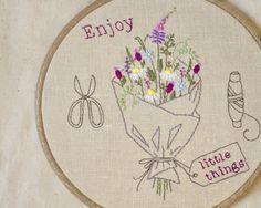 Summer, Hand embroidery hoop art, embroidery hoop, DIY Gift, flower embroidery pattern, wildflower by NaiveNeedle