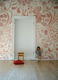 Large Soft Ornamental Mural | Atelier Wandlungen