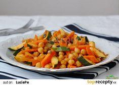 Cizrna na kari se zeleninou recept - TopRecepty.cz Quinoa, Cantaloupe, Salsa, Healthy Recipes, Healthy Food, Fruit, Ethnic Recipes, Bulgur, Health Recipes