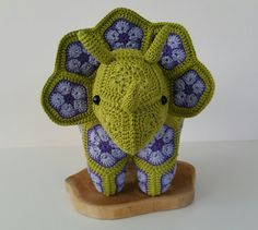 Crochet Triceratops dinosaur from african by StitchesfromHolland