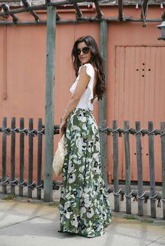c8973e35651 Top Blogger s Modern Take on Floral Favorites